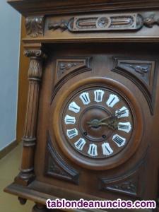 Reloj francés de pared antiguo de péndulo, con termómetro y barómetro.