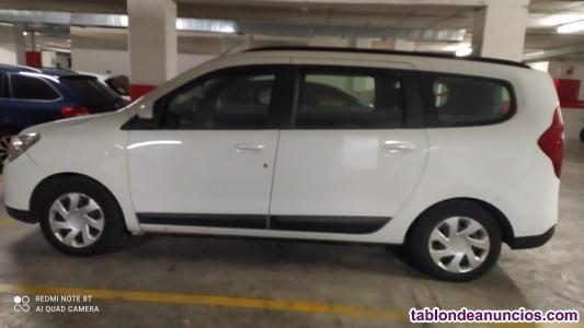 Vendo coche semi nuevo