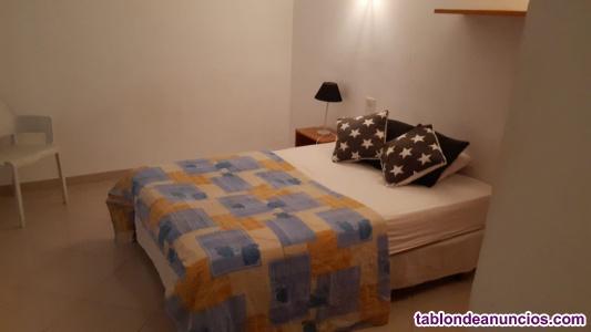 Alquilo dos habitaciones dobles