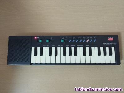 Piano/teclado Casio PT 10 en color negro