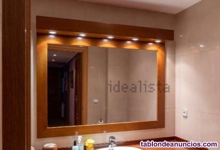 Espejo baño marco madera y cinco puntos de luz