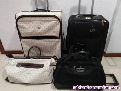 2 juegos de maletas y bolsas de viaje