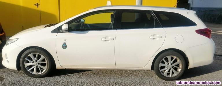 Se vende licencia de táxi en cádiz capital