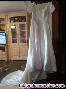 Vendo vestido novia.Año2010.Pronovias