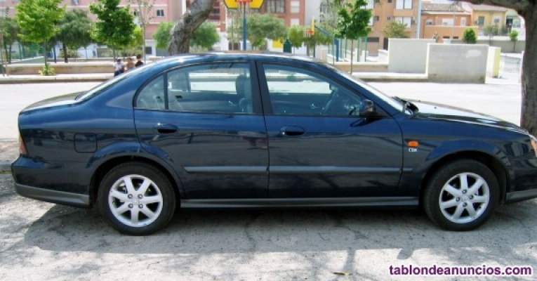 Daewoo evanda clx 2. Azul 5 puertas