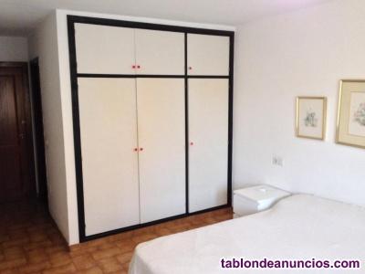Habitacion en Eivissa se alquila hasta mayo(400euro/mes) TODOS GASTOS INCLUIDOS
