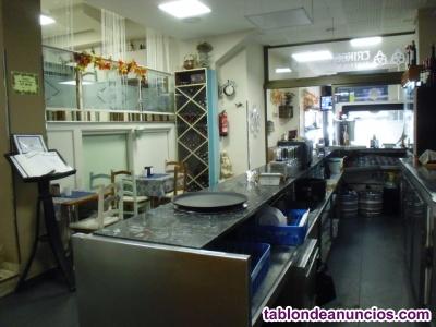 Se traspasa restaurante, taperia 20000 €