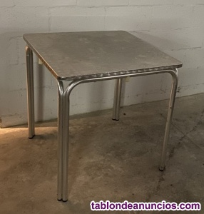 Se venden mesas