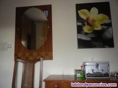 Conjunto vintage comoda mesa de noche y espejo