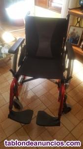 Vendo silla de ruedas seminueva