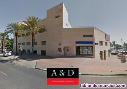 Magnífico Edificio en Puerto Deportivo de Estepona