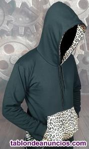 Sudadera negra con bolsillo y capucha - Leopardo