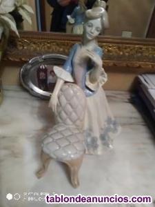 Porcelana Dama de la silla