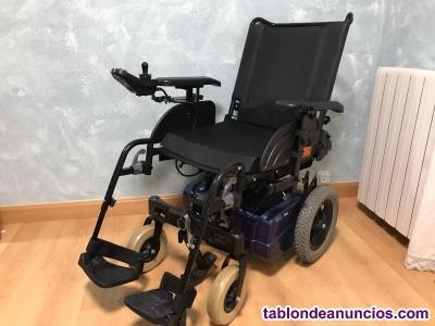Silla de ruedas eléctrica InvaCare modelo Fox