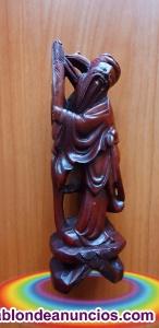 Figura antiquísima en Madera de Cerezo Rojo chino
