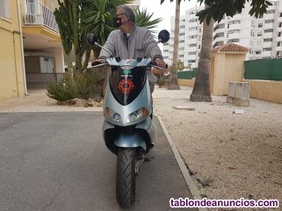 Se vende Moto 50cc
