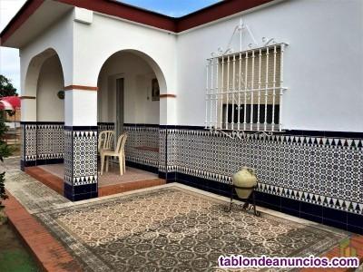 Bonita casa independiente en Manzanilla, Huelva. P