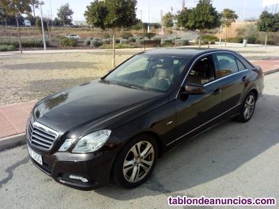 Vendo Mercedes Benz seminuevo