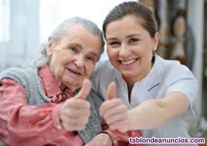 Cuidamos personas mayores a domicilio en Alcalá de Henares