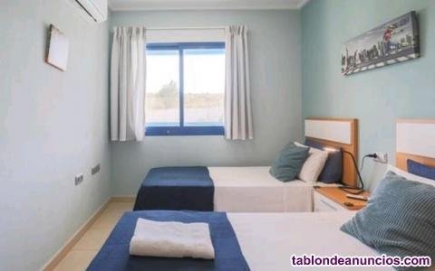 OFERTA Alquiler de apartamento de categoría superior en plena Bahía de Alicante