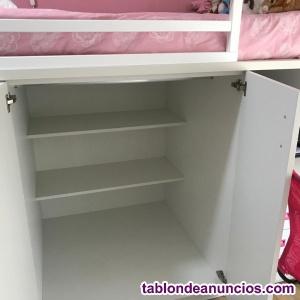 Habitación infantil compacta como nueva