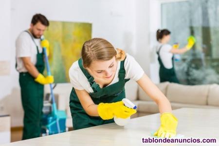 Nos ocupamos de la limpieza y desinfección de su hogar.