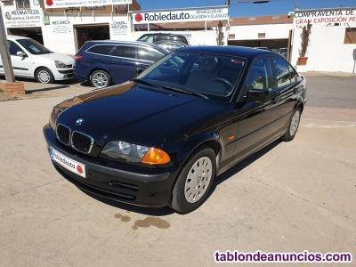 BMW 318i Automático