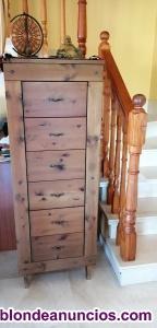 Mueble de comoda madera maron