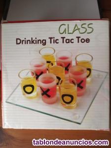 GLASS. DRINKING TIC TAC TOE (Juego de mesa)