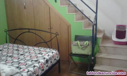 Se alquila habitacion en Poblenou