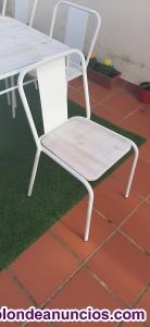 Se venden mesas y sillas