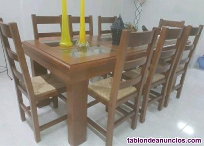 Mesa rectangular y 8 sillas