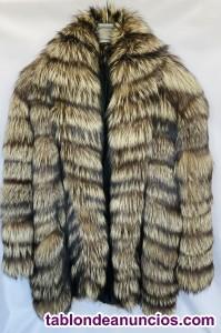 Espectacular chaquetón de Lobo Plateado