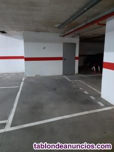 Se vende amplia plaza de garaje en bailarina anna paulova