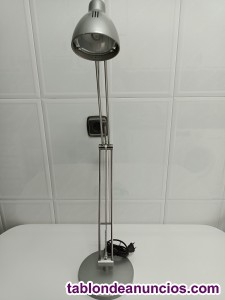 Se vende lámpara de escritorio