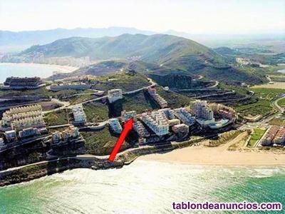 Particular alquila piso vacacional en primera linea de playa del Faro de Cullera