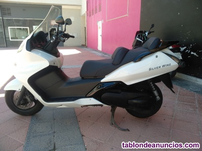 Vendo Honda Silver Wing 600cc.