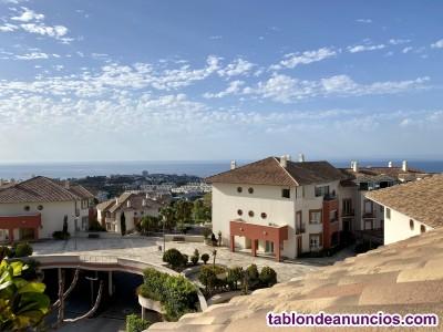 Apartamento de Lujo 2 dorm, 2 Baño suite, Parking Urb Cerrada con Servicios