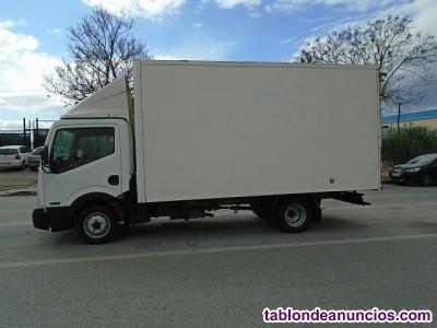 Se necesita camion ó furgoneta 3500 kg --para entrega y montaje muebles
