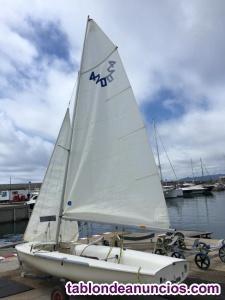 Vendo Embarcación 420 Leman Sport de Vela Ligera en Perfecto Estado