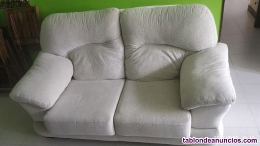 Se vende sofá de dos plazas