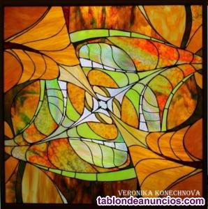 Vitrales para iglesia y hogar. Taller de vitrales en España.