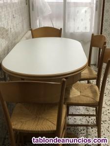 Mesa y 4 sillas cocina seminuevas