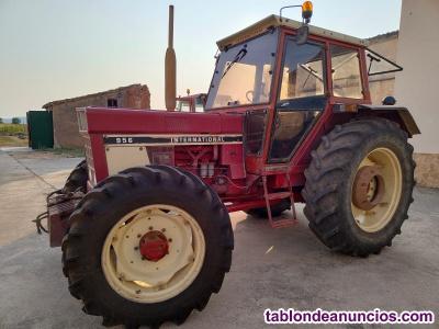 Vendo Tractor Internacional Modelo 956 doble tracción