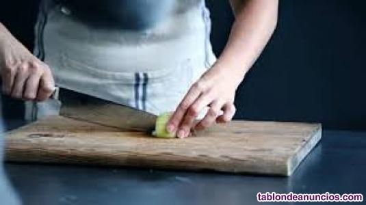 Se busca cocinero / ayudante
