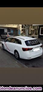 Venta licencia taxi + coche.