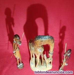 Adorno estatua madera jirafa con cría