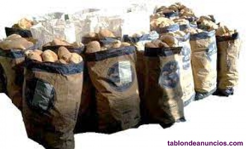 Sacos de pan duro a 1 euro el saco.