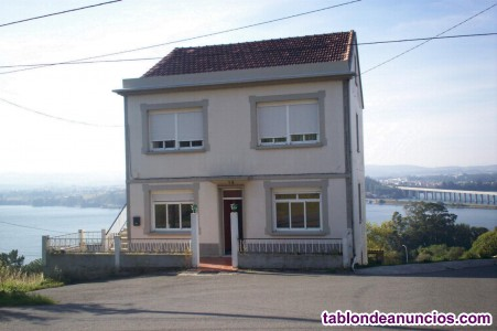 Se vende casa con terreno en neda, a coru�a