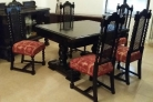 Mesa comedor, dos cómodas, seis sillas